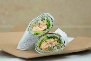 sushi burrito salmone scottato